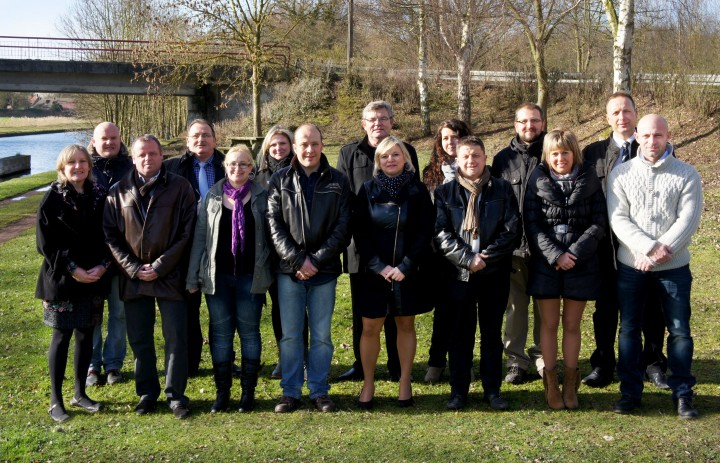 photo-groupe-retouche